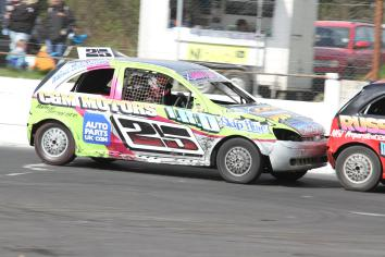 Top class racing action at Tullyroan Oval