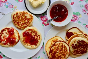 Sweet or savoury? Here's a couple of pancake recipes to suit all tastes!
