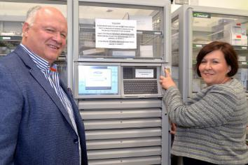 MP makes hospital visit to see how technology improves patient safety