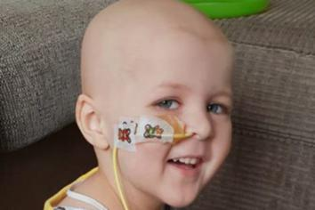 Fundraising drive to send Bessbrook toddler to America
